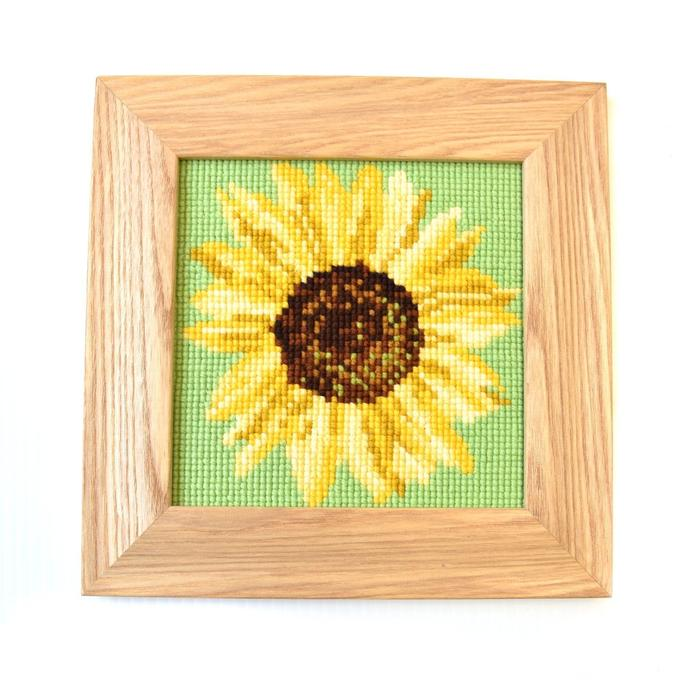 click here to view larger image of Sunflower Mini Kit (needlepoint kits)