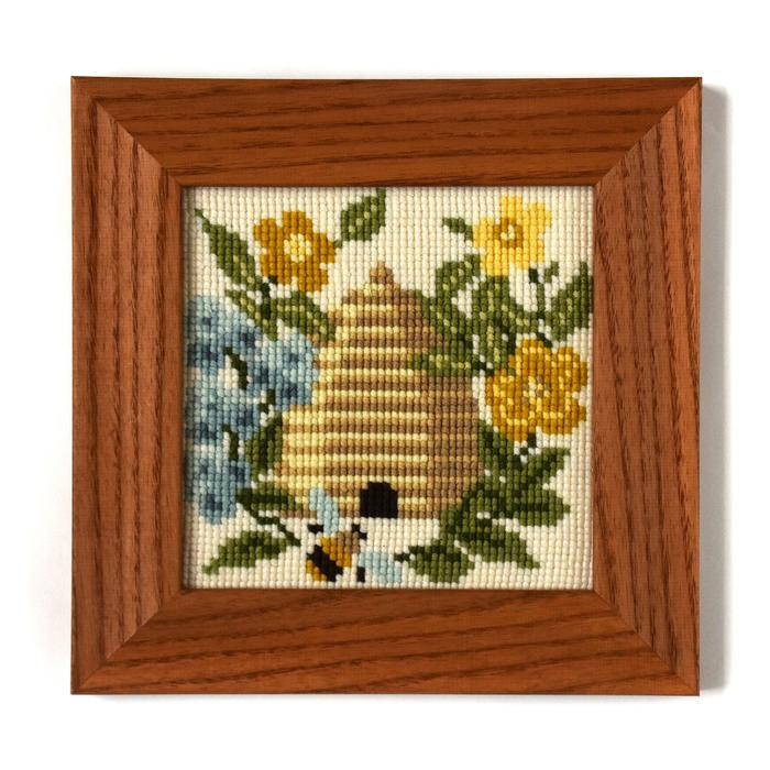 click here to view larger image of Beekeeper, The - Mini Kit (needlepoint kits)